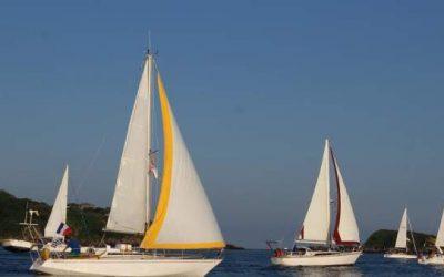 Los navegantes de las trece embarcaciones que participan en la 'III Travesía Navega el Camino' recalan en Camargo